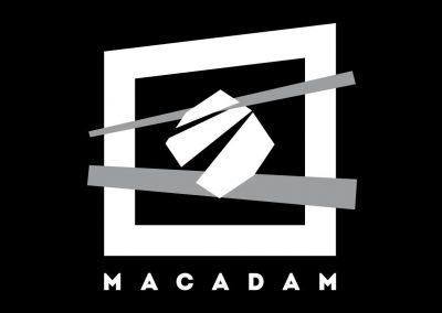 Logo de la discothèque Macadam. Client de Budo Sécurité.